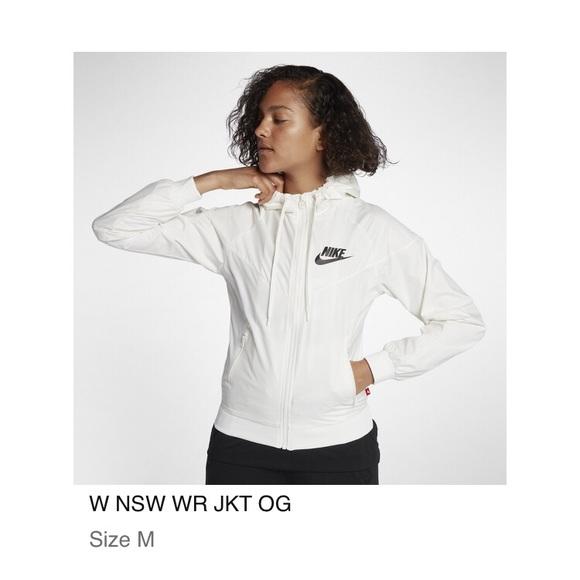 3e501c2517dc Nike Women s Sportswear Windrunner Jacket